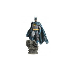 Cosmic Group DC Comics Statuette 1/4 Premium Format Batman Modern Age Version 63 cm