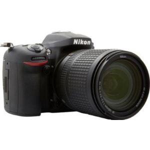 Nikon D7100 (avec objectif 18-140mm)