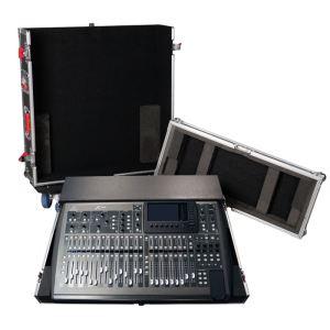 Behringer Console de mixage numérique X32 en fly