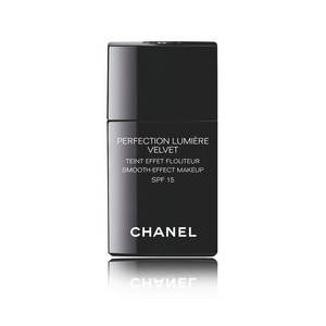 Chanel Perfection Lumière Velvet 20 Beige - Teint effet flouteur SPF15