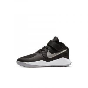 Image de Nike Chaussure Team Hustle D 9 Flyease pour Jeune enfant - Noir - Taille 32