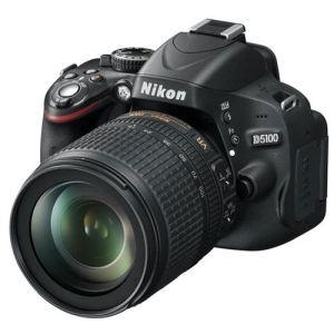 Nikon D5100 (avec objectif 18-105mm)