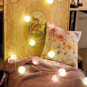 Blachère illumination Guirlande LED 14 boules tissus -