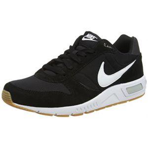 Nike Nightgazer, Baskets Homme, Noir (Noir/Blanc), 42 EU