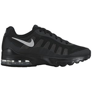 Nike Air Max Invigor GS, Chaussures de Running Mixte Enfant, Noir (Black/Wolf Grey), 36 EU