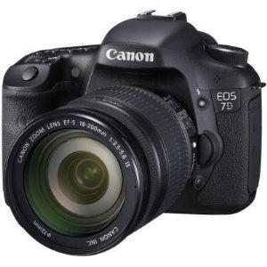 Canon EOS 700D (avec objectif 18-200mm)