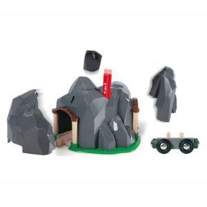 Brio Tunnel dynamite