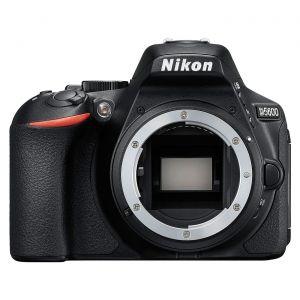 Nikon D5600 (Boitier nu)