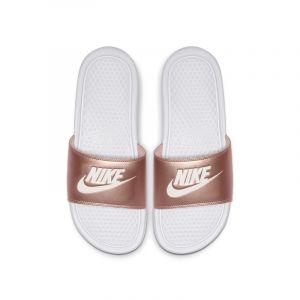 Nike Claquette Benassi pour Femme - Blanc - Taille 40.5 - Female