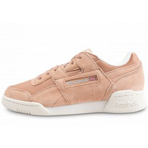 Reebok Workout Lo Plus, Chaussures de Fitness Femme, Multicolore