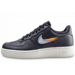 best sneakers 3917d a0761 Nike Chaussure de basketball Chaussure Air Force 1 07 SE Premium Gris  Couleur Gris Taille