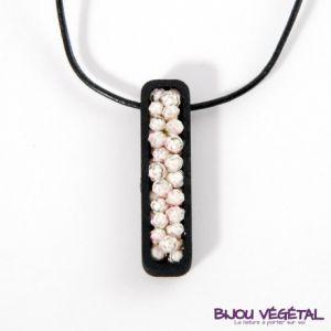 Radis et capucine Collier jardinière noire petites fleurs blanches