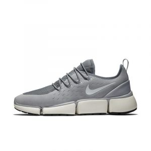 Nike Chaussure Pocket Fly DM Homme - Gris - Taille 44.5