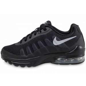 Nike Air Max Invigor GS, Chaussures de Running Mixte Enfant, Noir (Black/Wolf Grey), 38 EU