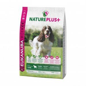 Eukanuba Natureplus - Croquettes avec agneau pour chien adulte de moyenne race - Sac 2,3 kg