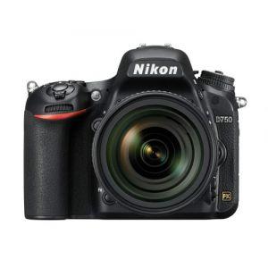Nikon D750 (avec objectif 24-85mm)