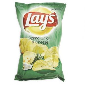 Lay's Chips cheese & onion - Le paquet de 120g