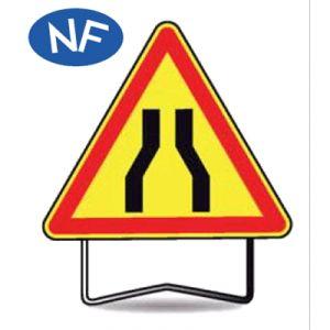 Taliaplast 522402 - Panneau signalisation danger chaussée rétrécie ak3 t1 700mm