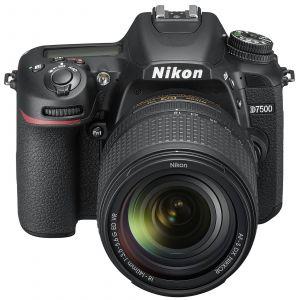 Nikon D7500 (avec objectif 18-140mm)