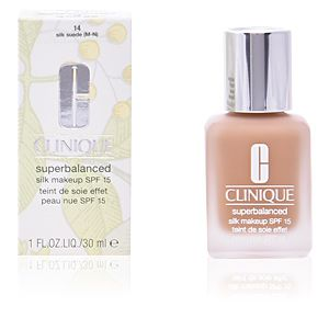 Clinique Superbalanced 14 Silk Suede - Teint de soie effet peau nue SPF 15