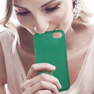 KSIX Coque de protection Sense Aroma - Parfum Pomme pour Iphone 7 Vert - Coque de protection amusante illuminant - Antidérapant: améliore la prise de votre appareil - Protection contre les rayures et anti-poussière - Accès aux connecteurs et caméras de vo