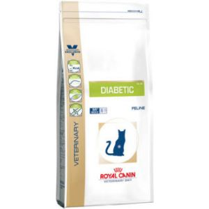 Royal Canin Veterinary Diet Cat Diabetic DS46 - Croquettes pour chat sac de 3.5 kg