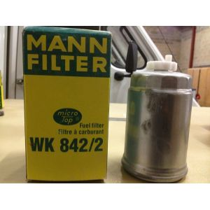 Mann-Filter Filtre à carburant WK842/2