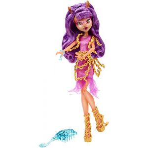 Mattel Monster High Clawdeen Wolf Haunted getting ghostly