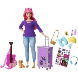 Mattel ? Voyage poupée Daisy aux cheveux roses avec sa valise, figurine de chat, guitare, autocollants et accessoires, jouet pour enfant, FWV26