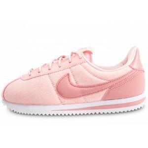 Image de Nike Chaussure Cortez Basic Text SE pour Enfant plus âgé - Rose Taille 37.5