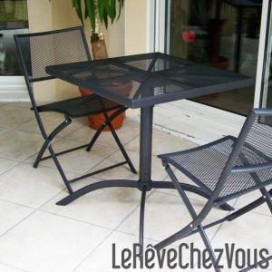 Table de jardin Guéridon Perf avec 2 chaises pliantes