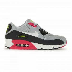 finest selection ee853 5441e Nike Chaussure Air Max 90 Essential pour Homme - GriTaille 40 - Male