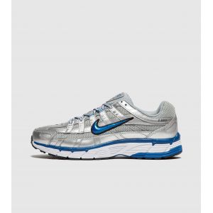 Nike Chaussure P-6000 pour Femme - Argent - Taille 42.5 - Female