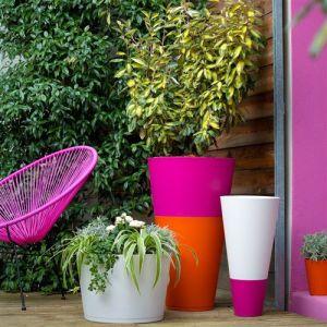 Grosfillex Pot de fleur design Tokyo 36 Diam.36 H.26 - Rose Fuchsia - Extérieur - Soucoupe amovible intégrée