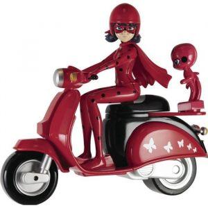 Bandai Figurine Ladybug et son scooter