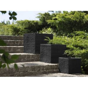 Beliani Pot de fleurs noir 30 cm Paros