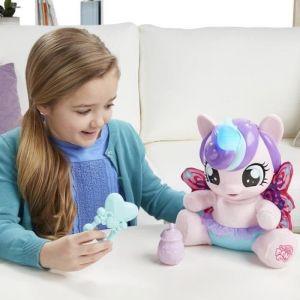 Hasbro Peluche interactive Flurryheart Mon Petit Poney