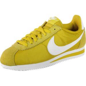 new arrival 2ffa4 34127 Nike Chaussure Classic Cortez Nylon pour Femme - Vert - Taille 40 - Female