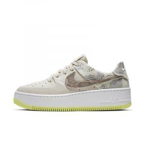 Nike Chaussure Air Force 1 Sage Low Premium Camo Femme Crème - Taille 43 - Female