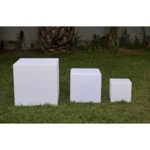 Lumisky Cube Led sans fil télécommandable 40cm - Multicolore - Cube lumineux décoratif - Télécommandable - Dimensions : 40x40x40cm.