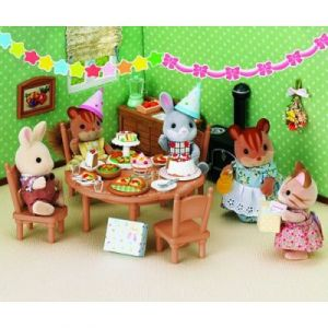 Epoch Sylvanian Family 2932 - Set de surprise party