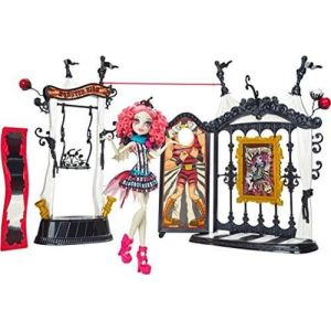 Mattel Poupée Monster High Rochelle et Chapiteau Freak Du Chic