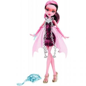 Mattel Monster High Draculaura Haunted getting ghostly