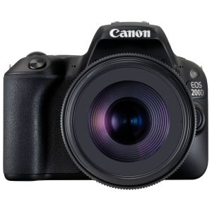 Canon EOS 200D (avec objectif 18-135mm)
