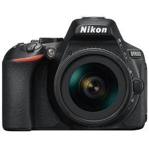 Nikon D5600 (avec objectif 18-140mm)
