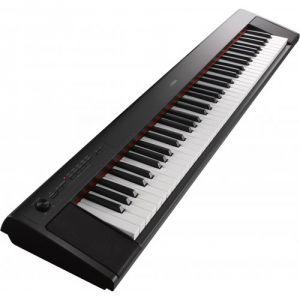 Yamaha NP-32B - Clavier 76 touches dynamiques à effet gradué