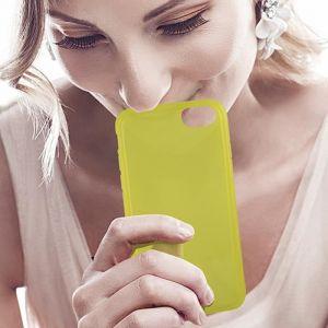 KSIX Coque de protection Sense Aroma - Parfum Citron pour Iphone 7 Jaune - Coque de protection amusante illuminant - Antidérapant: améliore la prise de votre appareil - Protection contre les rayures et anti-poussière - Accès aux connecteurs et caméras de