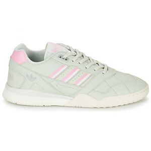 Adidas Chaussures A.R. TRAINER vert - Taille 36,38,40,42,44,46,36 2/3,37 1/3,39 1/3,40 2/3,41 1/3,42 2/3,43 1/3,44 2/3,45 1/3,46 2/3,47 1/3,48,48