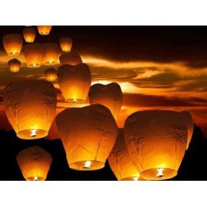 Beliani Lanternes volantes - lampions pour événements nocturnes - 10 pièces