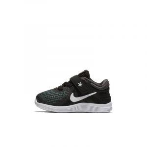 Nike Chaussure Revolution 4 FlyEase pour Bébé et Petit enfant - Noir - Taille 17 - Unisex